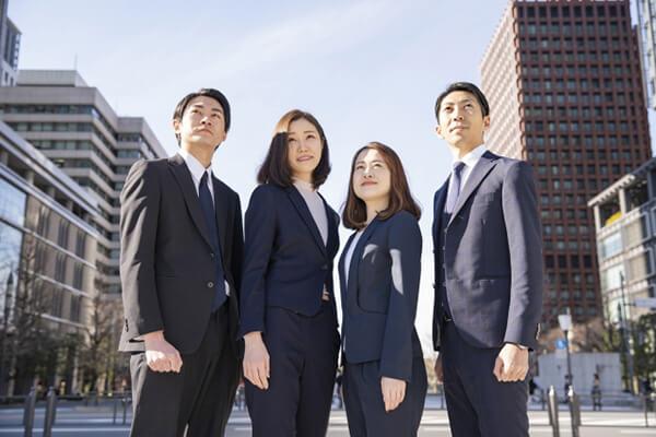 適切な専門家と連携している弁護士
